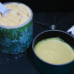 4 minute cheeze sauce dry mix pantry-staple and some prepared cheeze sauce in a saucepan
