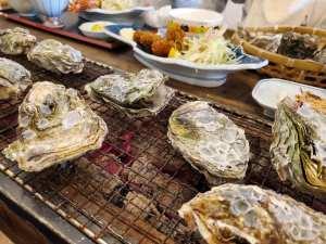 能登の海で育った牡蛎のフルコースを味わえる「浜焼き能登風土」【七尾市】