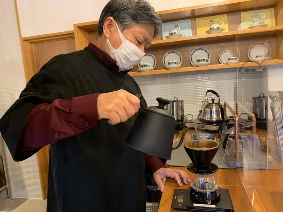 岩穴集落で「火様」を守り続ける「里山cafe分福茶釜」【七尾市】