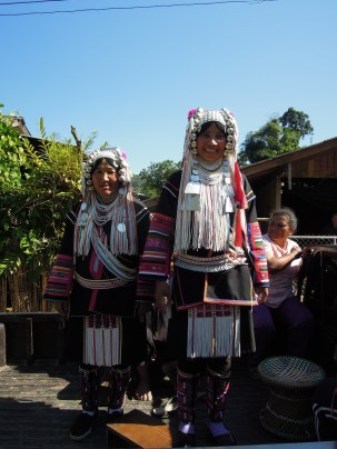 Chiang Rai waterfall_Akha Hill Tribe