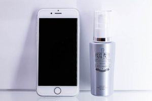 ノトマニア8とスマートフォンのサイズ感比較