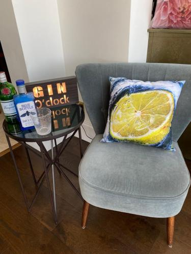 Gin & Tonic luxury faux suede square cushion