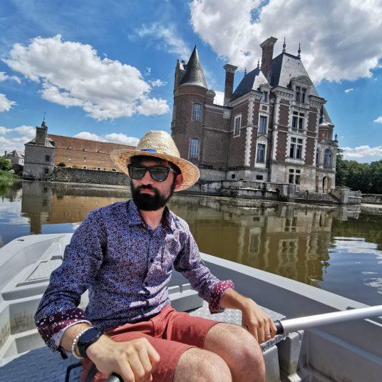 chateau bussiere tourisme barque