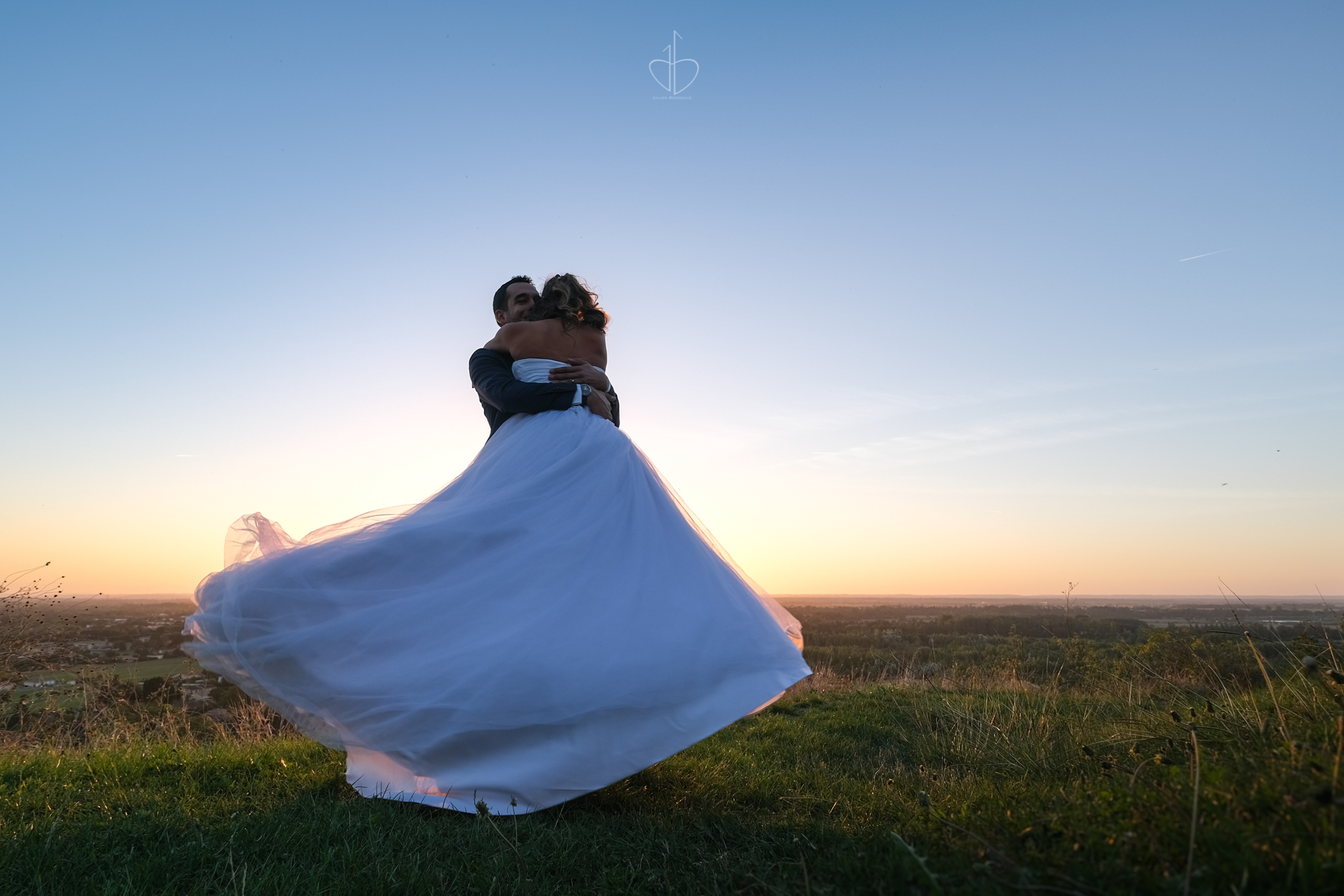 Trash the Dress Photo de couple Audrey et Geoffrey The Beautiful Day Photographe de mariage Julien Bergeaud Toulouse 31 Haute-Garonne
