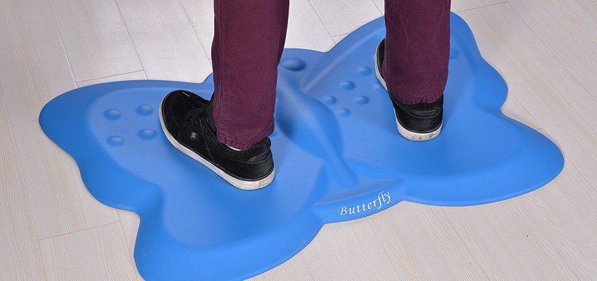 butterfly-mat-feet