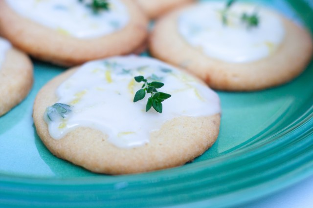 Lemon and thyme cookies