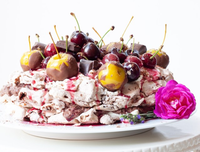 cherry-and-chocolate-mousse-pavlova