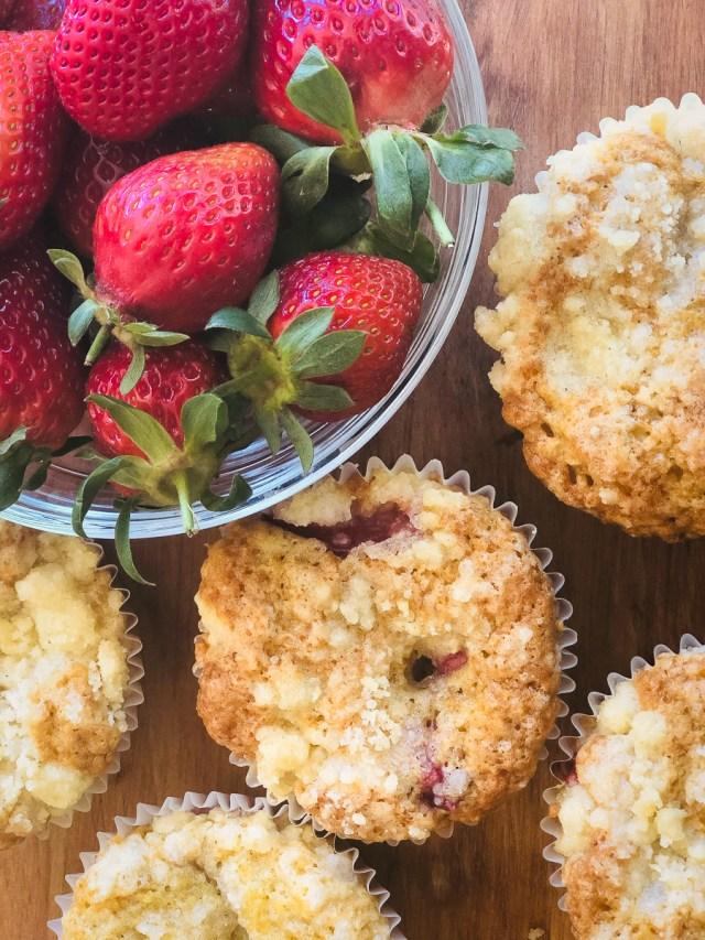 Sourdough discard strawberry muffins