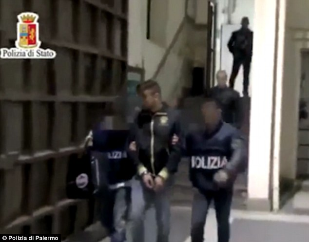 Cosa Nostra Mafia and African Crime Gangs  Declare Turf War Over Supremacy of Sicily