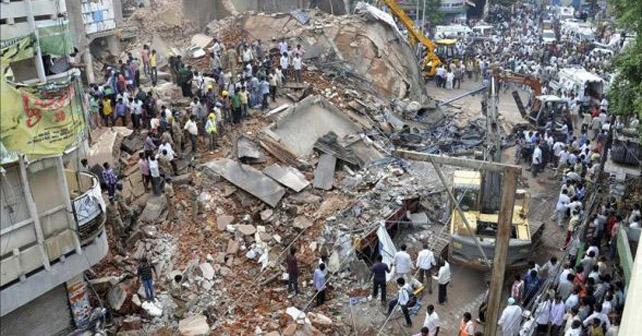 Al menos 10 personas muertas tras derrumbe
