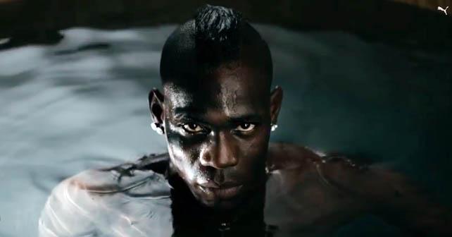 Foto tomada de youtube. Jugador Balotelli del Milán