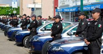 Entregan patrullas Foto: Arturo Velázquez