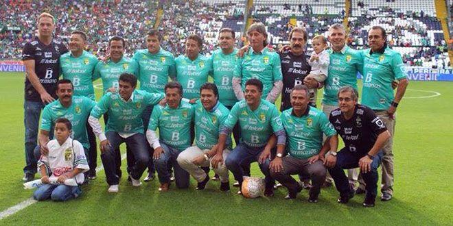 Equipo Club León campeón temporada 90-91