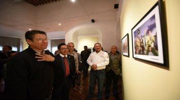 inaugura-alcalde-exposciones-3