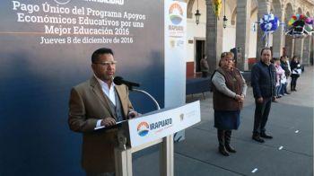 ENTREGAN PAGO ÚNICO DE APOYOS EDUCATIVOS (3)