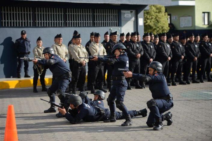 ACADEMIA DE POLICÍA (2)