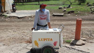 Photo of Después de fracturarse la espalda tuvo que dedicarse a vender helados