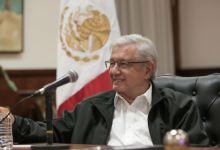 """Photo of """"Me voy a poner tapabocas cuando no haya corrupción"""": AMLO"""