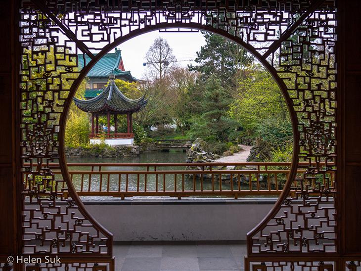 dr sun yat-sen classical chinese garden in vancouver british columbia