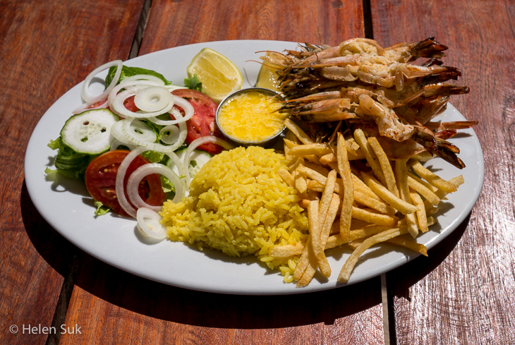 mozambique food, casa cabana vilanculos, seafood, mozambican cuisine