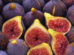 Figs have a tonne of great properties, but one of the most important benefit is that it controls diabetics