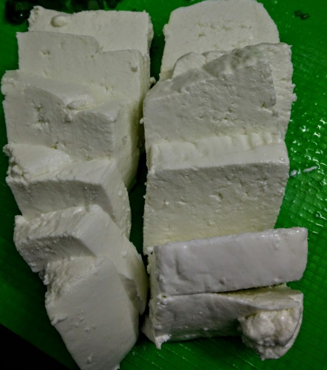 Fresh paneer will crumble, so ensure you cool it and use a knife dipped in hot water to cut it into thick slices