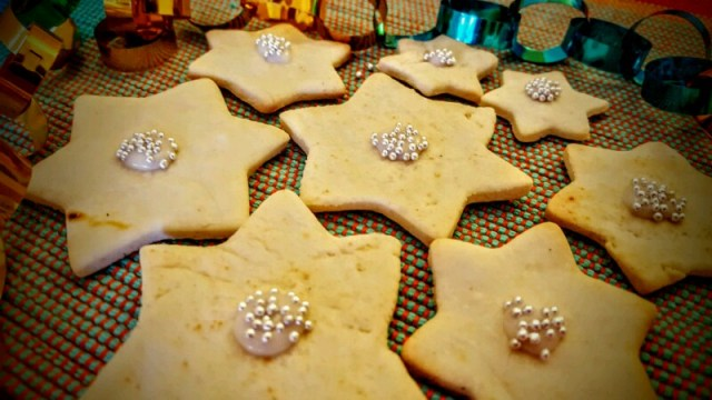 Decorate your cookies with silver balls or royal icing