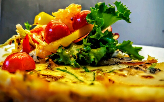 A super elegant lazy meal :) Tortilla de Patatas