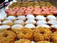 row of dum dum low fat doughnuts