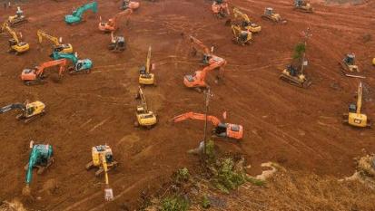 Chine : 10 jours pour construire un hopital de 2500 m2 !