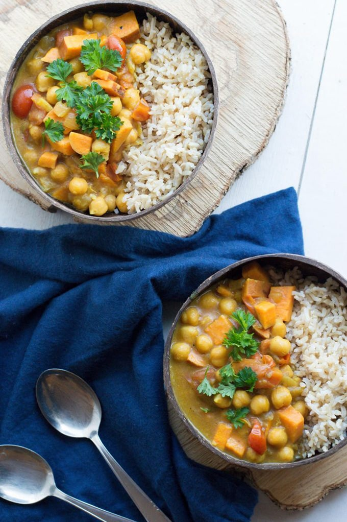 Chickpea sweet potato curry - thehappinesskitchen.com