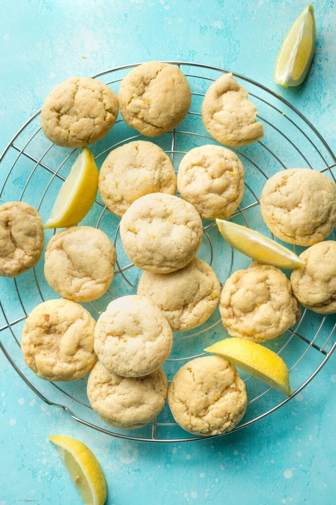 Wire rack with lemon sugar cookies cooling.