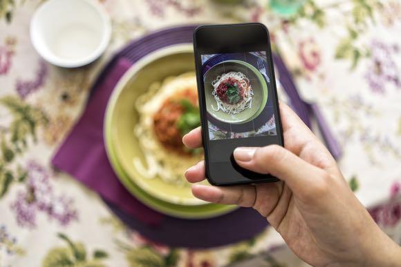 food-social-media
