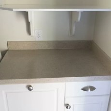 Use Daich Spreadstone Countertop Finishing Kit to DIY refinish Countertops. A Review & my experience with the product. One Room Challenge, week 2
