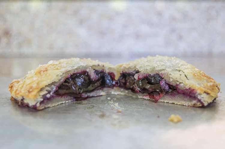A recipe for the perfect hand pie, with a delicate and flaky crust that is sturdy enough to hold the delicious blueberry filling. Tips for perfect hand pies