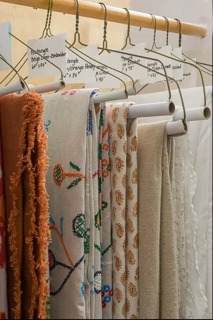 How to organize your table linens.