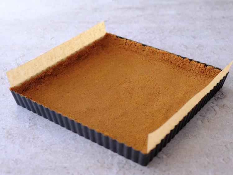 Biscoff biscuit pie crust