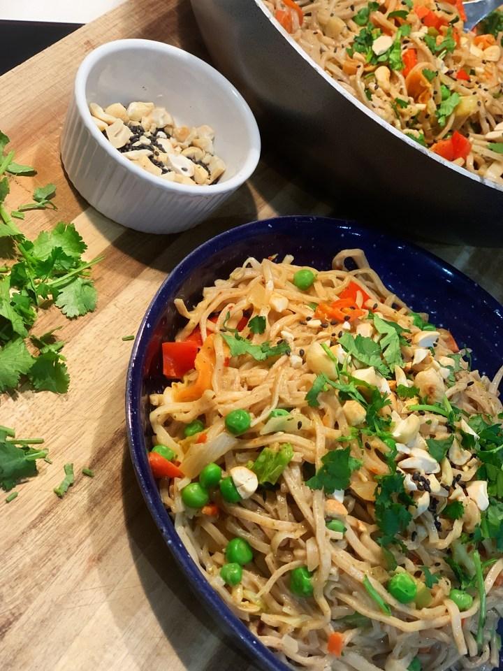 PAD THAI – 10 Minute Recipe – Vegan