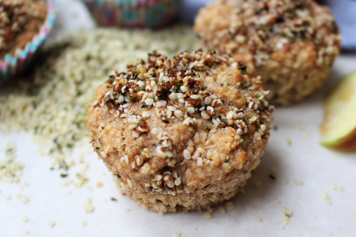 Apple and Hemp Muffins with Hemp Crumble Topping