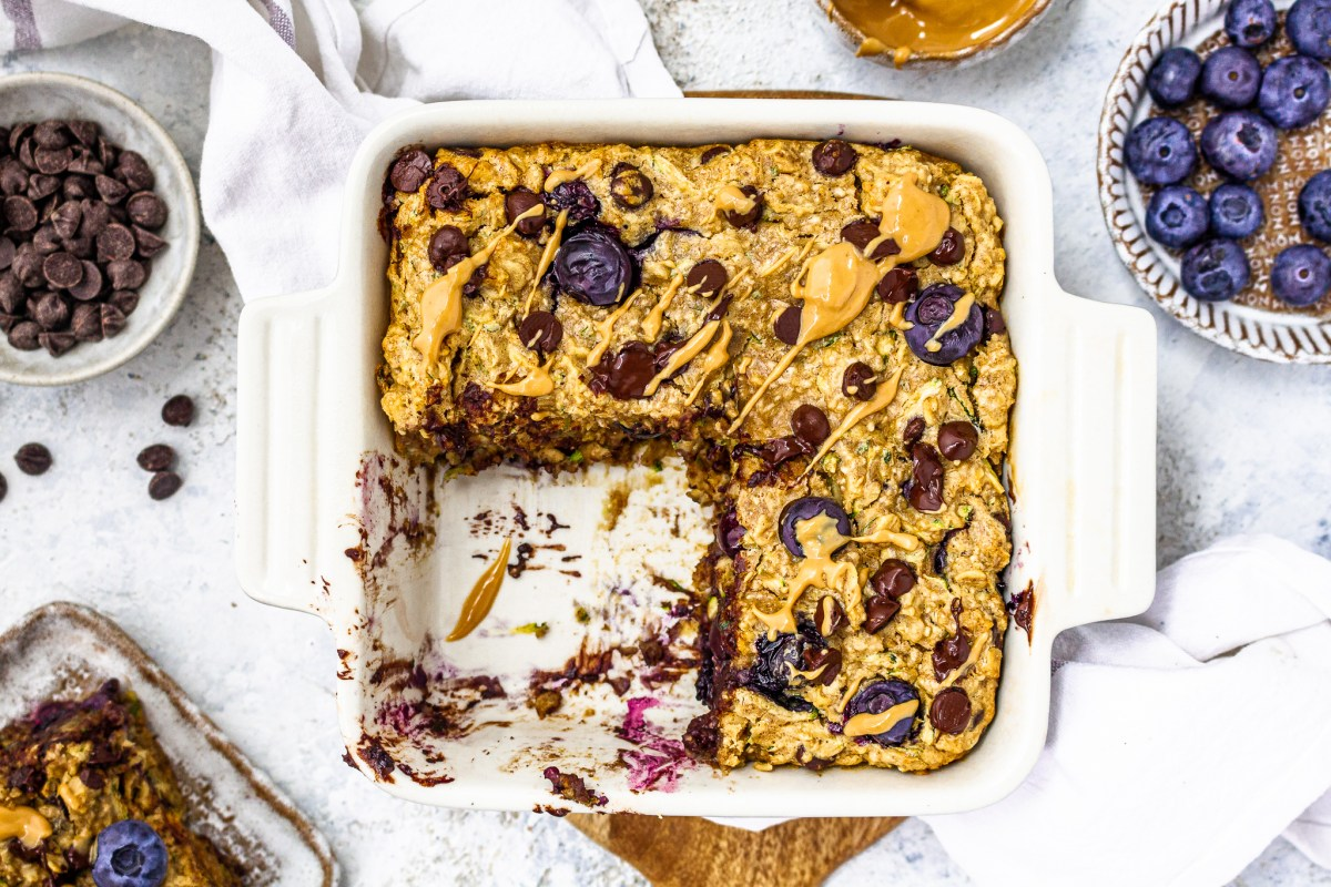 Peanut Butter Blueberry Chocolate Chip Courgette Baked Oats