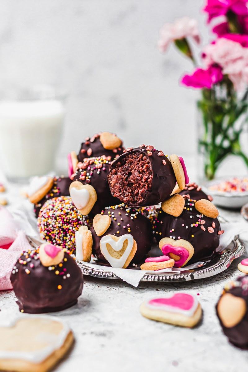 Vegan Chocolate Cake Balls