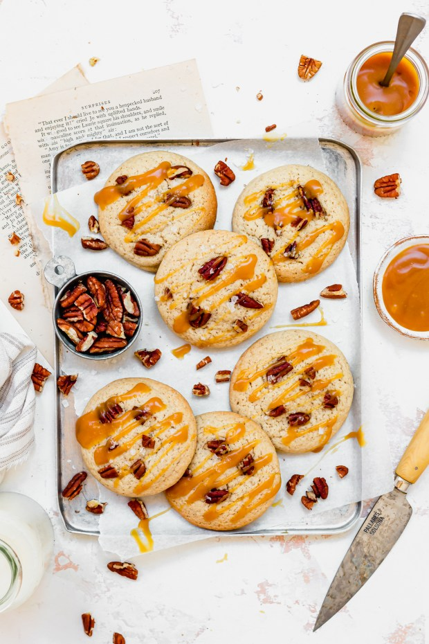 Chai Pecan Caramel Stuffed Cookies on a metal tray
