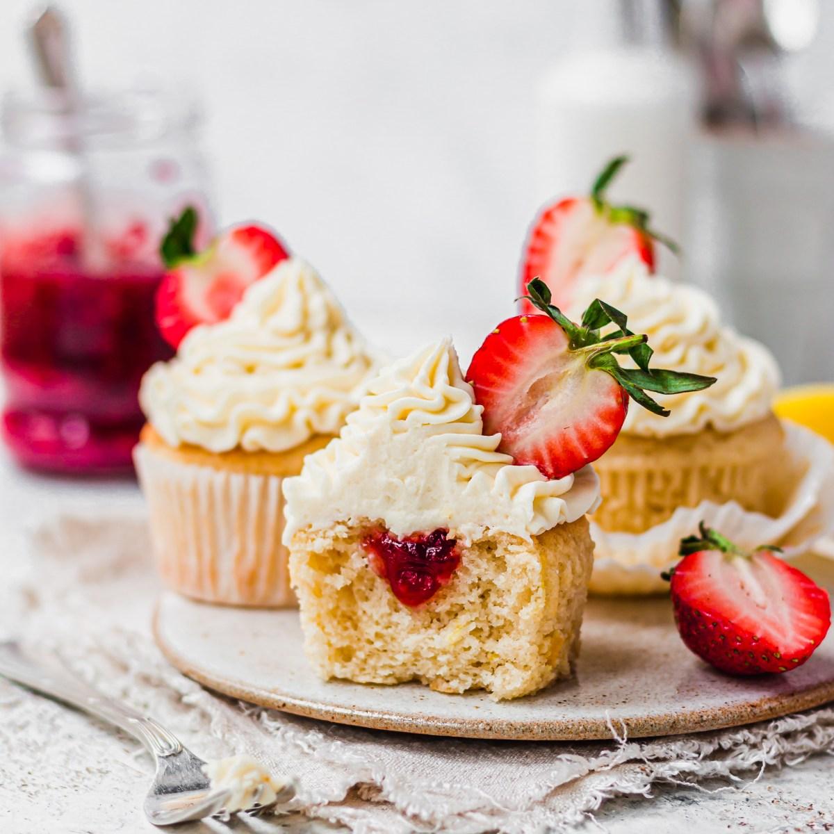 Vegan Lemon Strawberry Cupcakes