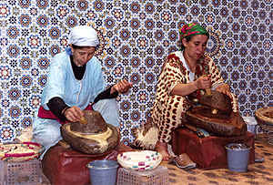 Making Argan Oil