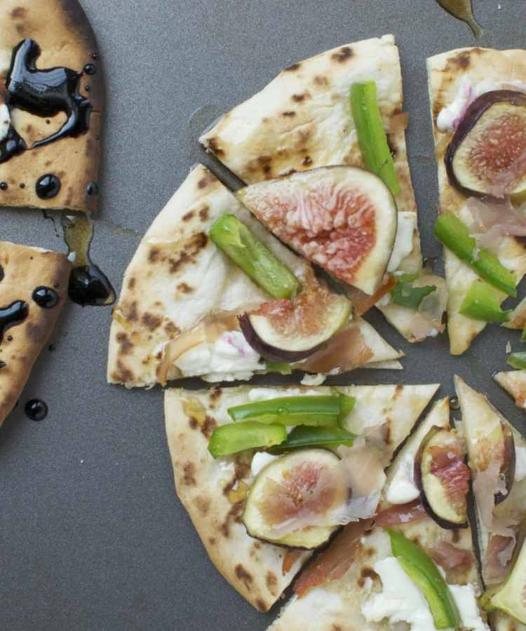 Fig and Prosciutto Naan Pizzas | www.nourishnutritionblog.com