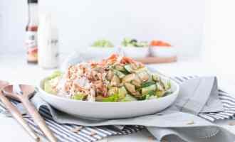 Buffalo Chicken Salad | Nourish Nutrition Co | www.nourishnutritionblog.com