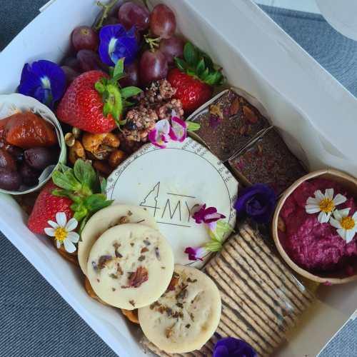 mini vegan platter