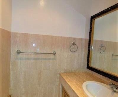Ain diab n à louer Appartement de Standing 145 m² calme