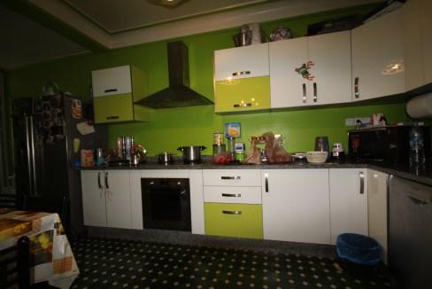 Centre-Ville - mers sultan - à vendre appartement de caractère entierement rénové 120 m²