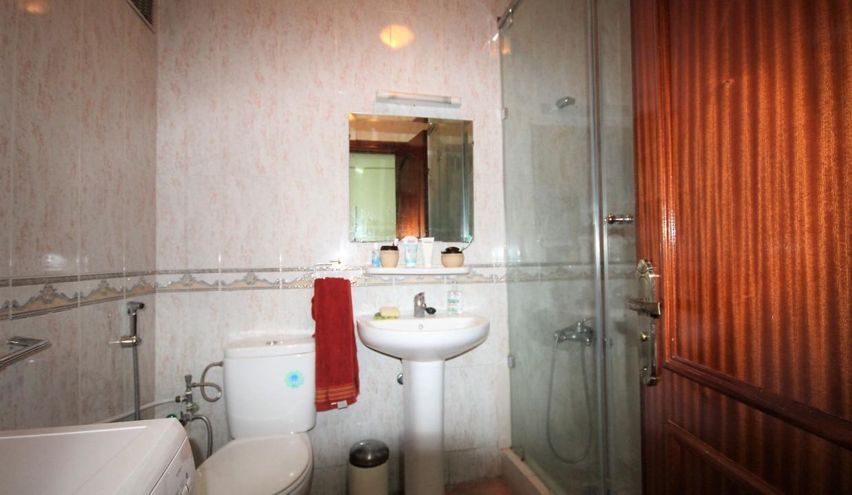 a-louer-parfait-meuble-2-chambres-avec-balcon-dans-rue-calme-004-min